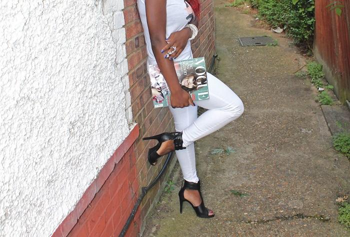 white t + white jeans